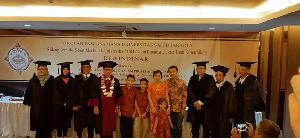 Mahmud, Hantarkan Rewindinar Raih Doktor Komunikasi Predikat Cum Laude