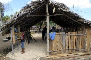 Kebun Bacaan Garapan Sang Pendeta untuk Anak Desa