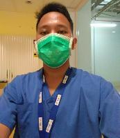 Cerita Javas Rizqi Mahasiswa Non-Kesehatan UI yang Jadi Relawan COVID-19