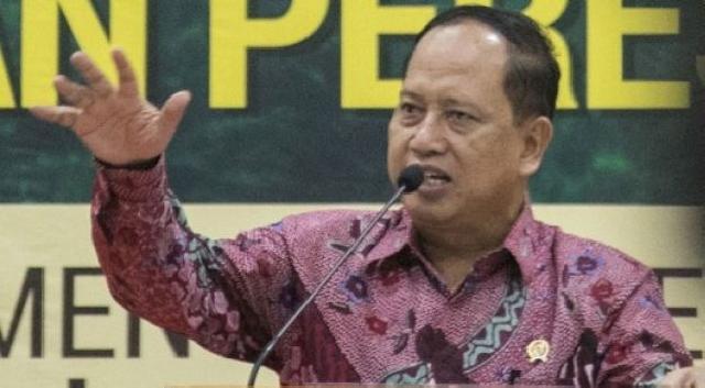 Menristekdikti Tanggapi Sanksi bagi Rektor yang Mahasiswanya Ikut Demo