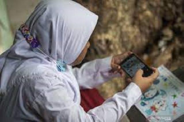 Cerita dari Sangihe, Setahun Belajar Online