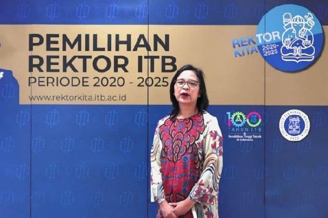 Prof. Reini Wirahadikusumah, Rektor Perempuan Pertama ITB